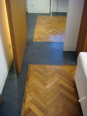 Abitazione in resina e legno 10